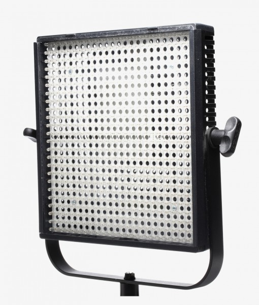 Litepanel-1X1-Daylight_01